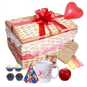 Café da Manhã Feliz Aniversário Vermelho